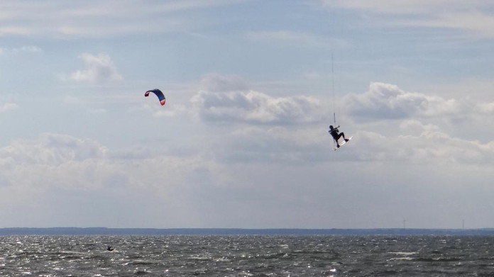Kitesurfing on the island of Öland