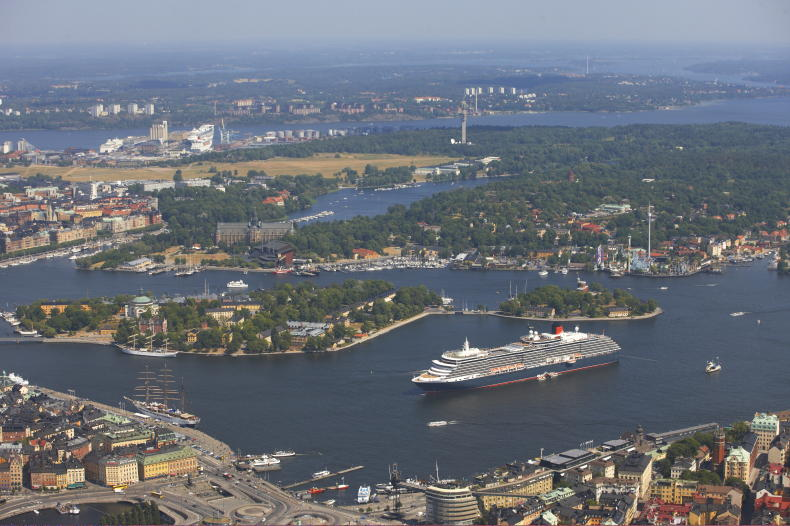 Cruise ship in Stockholm, Photo: Per-Erik Adamsson