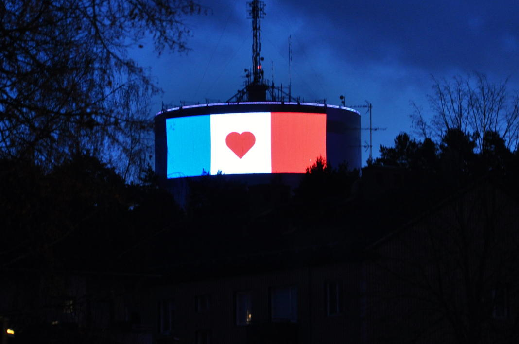 swedish buildings lit up in french colours after paris attacks