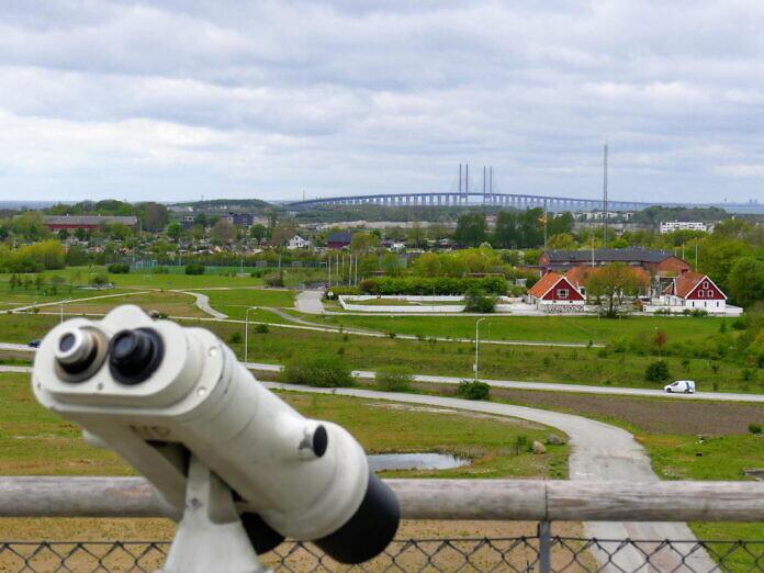 From the roof top of the shopping mall you can see the Öresund bridge