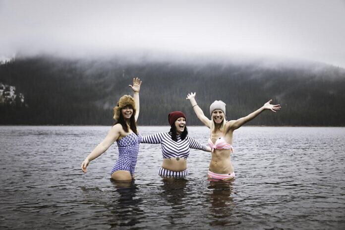 Winter bathing in Åre